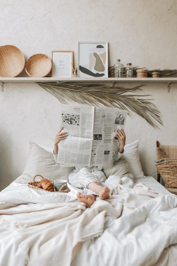 Ποιος δεν απολαμβάνει ένα χαλαρό πρωινό στο κρεβάτι; Το να αφιερώσετε λίγο χρόνο το πρωί, πριν αρχίσετε την ημέρα σας, είναι το καλύτερο δώρο που μπορείτε να κάνετε στην ψυχή και το σώμα σας.